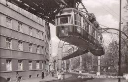 Transports - Métro - Architecture - Métro Aérien Wuppertal - Wagon Ligne 5 - Métro