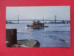 Ships > Tugboats Benjamin Franklin Bridge Tugboat Delaware River Not Mailed - Ref 1308 - Schlepper