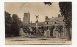 CP , 77 , MEAUX , Boulevard Jean-Rose, Le Monument Des Enfants De Seine-et-Marne Et La Cathédrale - Meaux