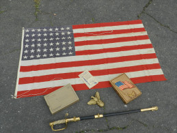 SUPERBE DRAPEAU U.S.A. 48 ETOILES 39-45 + BOITE + AIGLE + ETAT NEUF  ............