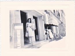 23648 - Photo - Femme Sans Doute Mme Boulve N° 3 Rue Grande Etape? - Chalons Sur Marne  -France -photographe Boulve ? - - Personnes Anonymes