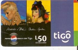 TARJETA DE HONDURAS DE TIGO DE PEPSI-COLA DE CRISTINA AGUILERA (esquina Con Doblez) - Honduras