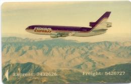 SINGAPORE PHONECARD AIRPLANE -USED - Avions