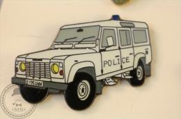 Land Rover France Police Car - Pin Badge - #PLS - Policia