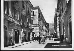 TOSCANA-CARRARA VIA ROMA ANIMATA VEDUTA - Carrara