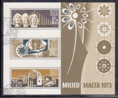 Malta Used Scott #B15a Souvenir Sheet Of 3 Choir, Virgin And Child, Star, Candles - Christmas - Malte