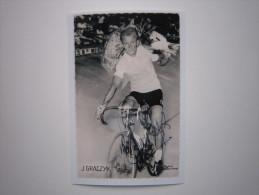 CYCLISME CICLISMO RADSPORT WIELRENNEN : Jean GRACZYK En Maillot Vert Du Tour Carte Miroir Sprint NB  Reproduction - Cycling