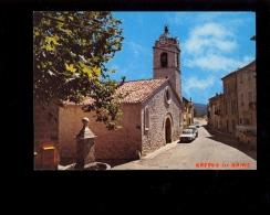 GREOUX LES BAINS 04800 : Fontaine & église Romane ( Auto Land Rover Renault R12 ) - Gréoux-les-Bains