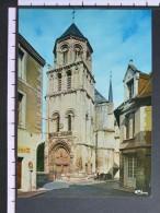 EGLISE STE-RADEGONGE - POITIERS - 2 Scans (Nº06648) - Poitiers