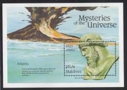 Maldives MNH Scott #1768 Souvenir Sheet 25r Atlantis - Mysteries Of The Universe - Maldives (1965-...)