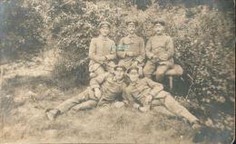 CPA MILITAIRE 1914 1918 - SOLDATS ALLEMANDS AU REPOS 1GM 1914 1918 - War 1914-18