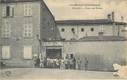 63 BILLOM Place Des Ecoles Hôpital Temporaire N°4 Militaires 1918 N° 2207 - Autres Communes