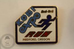 Kobi Expo Run Medford, Oregon - Pin Badge - #PLS - Atletismo