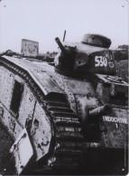 Plaque Décorative Neuve En Métal Des Éditions Atlas - Tank B1 Français Pendant La Seconde Guerre Mondiale - Plaques Publicitaires