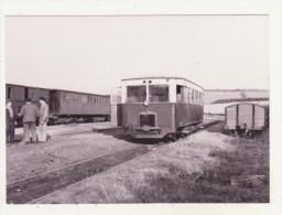 CHEMINS DE FER - CPM - AUTORAIL BERLIET ARB 5 A BONNINGUES (KM 64 SUR ANVIN-CALAIS) - 13.9.1953 - CPM ANIMEE - France