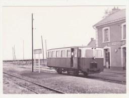 CHEMINS DE FER - CPM - AUTORAIL BERLIET A RIMIEUX-GOURNAY (KM 22 SUR ANVIN-CALAIS) - 25.5.1953 - CPM ANIMEE - France