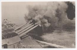 "Raphael Tuck Warship Our Navy Series 16 In. Guns Of H.M.S. ""Nelson"" Firing - Guerra"