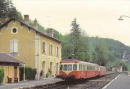 Scan : Dordogne-Périgord : Les Eyzies, Photo J.OFFE 1981 - Autorail X 2424 - Frankrijk