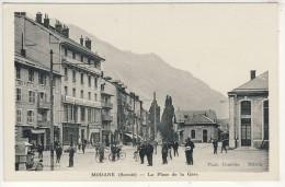 73- MODANE-LA  PLACE  DE  LA  GARE  N295 - Modane
