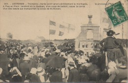 29 LOCRONAN  La Procession Fait Halte  Tromélie - Après Avoir Gravi La Montagne à Plaç-ar-Horn - Locronan