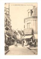 CPA : 18 - Saint Amand Montrond : Rue Ste Barbe :  Belle Animation - Magasins - Maisons .... - Saint-Amand-Montrond