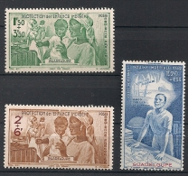 Guadeloupe. Poste Aérienne. 1942. N° 1-3. Neuf * - Guadeloupe (1884-1947)