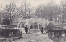 Bruxelles Dans Le Jardin  Botanique Edit.Lagaert N.331 Animé Circulé En 1908 - Monumenten, Gebouwen