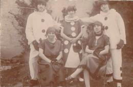Fêtes - Carte-Photo - Carnaval Bal Masqué - Costumes Pierrot - Carnaval