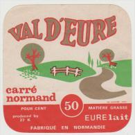 étiquette De Fromage: PETIT    Pont  L ´  évêque : Val D ' - Eure - Fromage