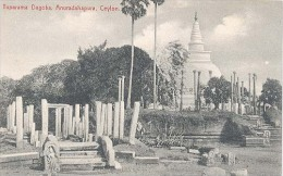Ceylon, Tuparama Dagoba, Anuradahapura, Ceylon  (Sri Lanka)  (Ceylan) - Sri Lanka (Ceylon)