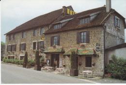 CPM  De  ST-GERMAIN Les ARLAY  (39)  -  Hostellerie Saint-Germain  -  Hôtel **NN Restaurant   //  TBE - Autres Communes