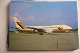 BOEING  767     AIR ZIMBABWE    Z WPE     EDITION PI N°  674 - 1946-....: Moderne