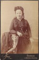 Photo Familiale Femme, Dame (Victoria) J. Ganz, Rue De L'Ecuyer, Bruxelles16.5 X 10.5 Cm - Unclassified