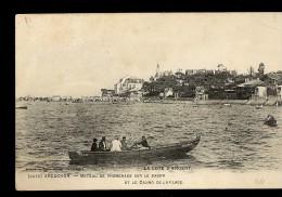 CPA 33 ARCACHON Bateau De Promenade Sur Le Bassin Et Le Casino De La Plage - Arcachon
