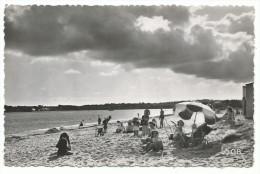 Environs De La Fôret Fouesnant, La Plage De Kerleven, Cpsm, Collection Vtllard, Quimper, Voyagée 1955, Concarneau - La Forêt-Fouesnant
