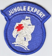 FULL SIZE PATCH    CARIBBEAN  DEFENSE  COMMAND JUNGLE SCHOOL - Patches