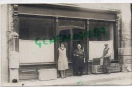 87 - SAINT YRIEIX LA PERCHE - ST YRIEIX LA PERCHE- RARE CARTE PHOTO J.B. COINEAU  RTE CHALUS 1930- MARCHAND PETROLE