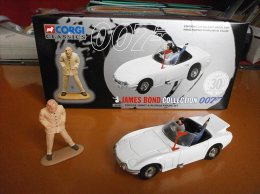 James BOND 007 - TOYOTA 2000 GT + Figurine BLOFELD - CORGI - Avec Sa BOITE D'origine - Corgi Toys