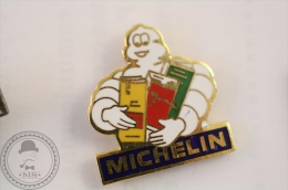 Michelin Bibendum With Books/ Maps - Fraisse Pin Badge - #PLS - Pin