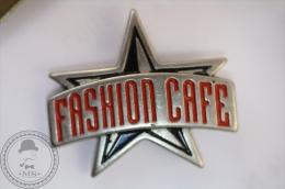 Fashion Cafe Star - Pin Badge - #PLS - Marcas Registradas