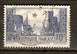 France 1929  Port De La Rochelle (o) Type III  (perfin C) - Perforés