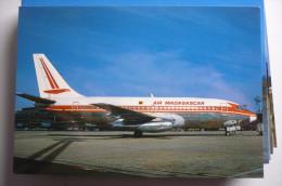 B 737 200    AIR MADAGASCAR  5R MFB    EDITION PI N°  521 - 1946-....: Moderne
