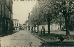 79 COULONGES SUR L'AUTIZE / Rue Du Commerce / CARTE GLACEE - Coulonges-sur-l'Autize