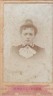 Photo Portrait Dame, Henneuse, Bruxelles, Rue D'Assaut 6.5 X 10.5 Cm - Unclassified