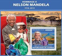 gu13615b Guinea 2013 Tribute to Nelson Mandela Nobel Prize Mineral s/s
