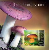 nig13717b Niger 2013 Mushrooms s/s
