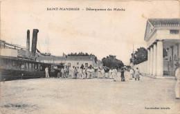 ¤¤  -  SAINT-MANDRIER  -  Débarquement Des Malades   -  ¤¤ - Saint-Mandrier-sur-Mer
