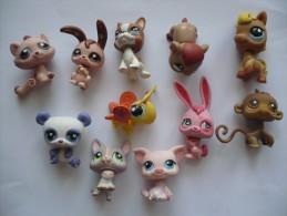 LOT DE 11 ADORABLES PETITS ANIMAUX  PETSHOP - Figurines