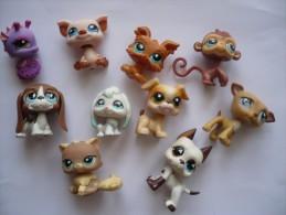 LOT DE 10 ADORABLES PETITS ANIMAUX  PETSHOP - Figurines