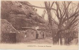 CPA Animée - LESSOUTO - Caverne De Massitissi - Lesotho